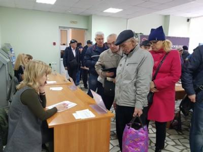 Более 250-ти граждан предпенсионного возраста получили приглашение на работу